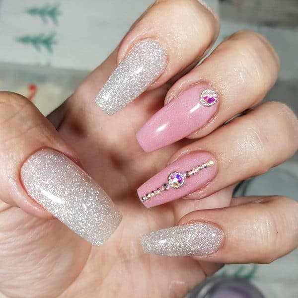 Tag: nail art | Scratch Magazine